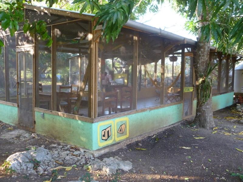 Communal Room/ Kitchen