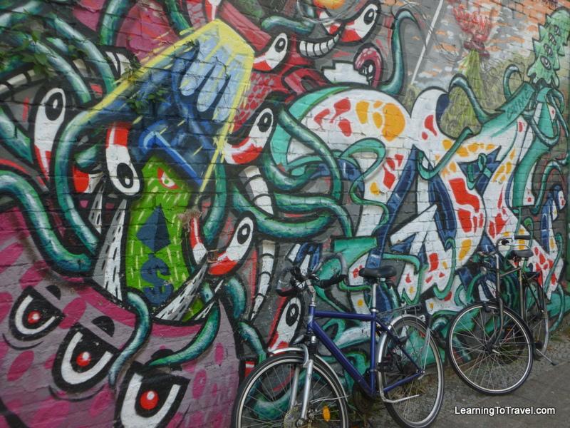 Bikes at the Berlin Wall