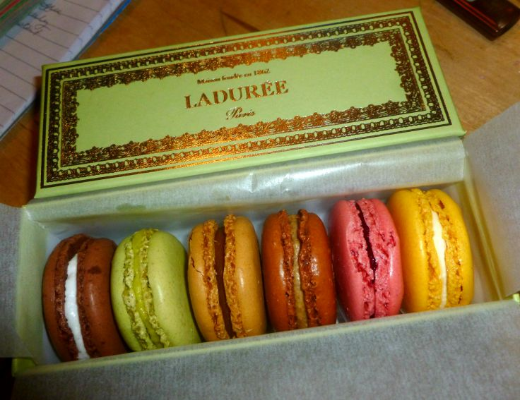 Fabuleux Laduree Macarons From Paris France - Learning To Travel EH11