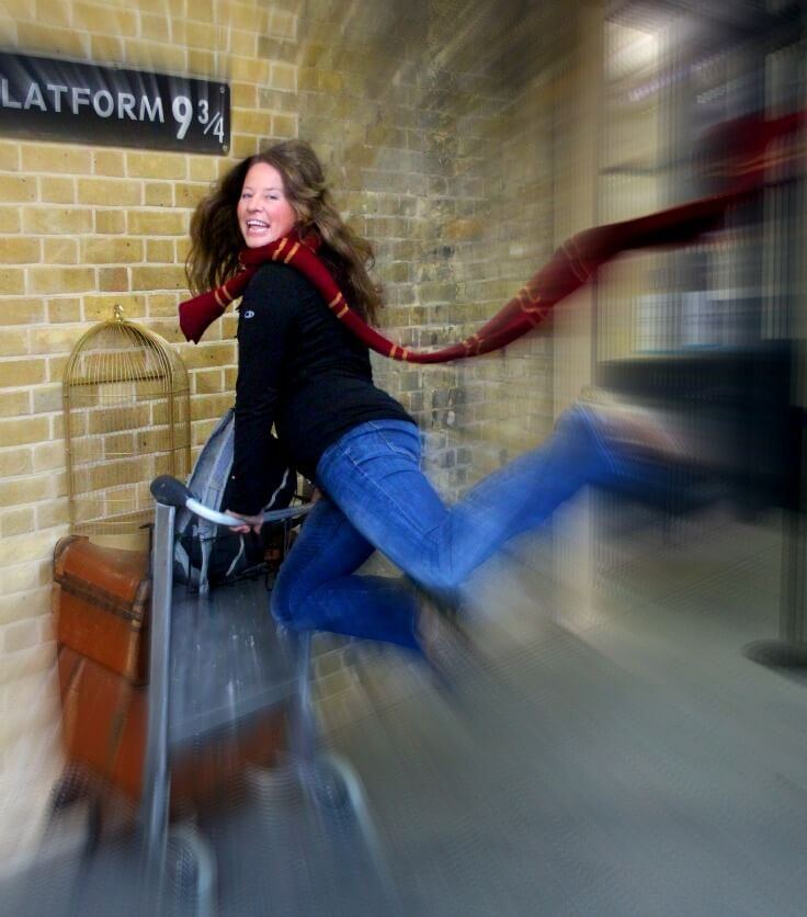 Platform 9¾ king's cross station